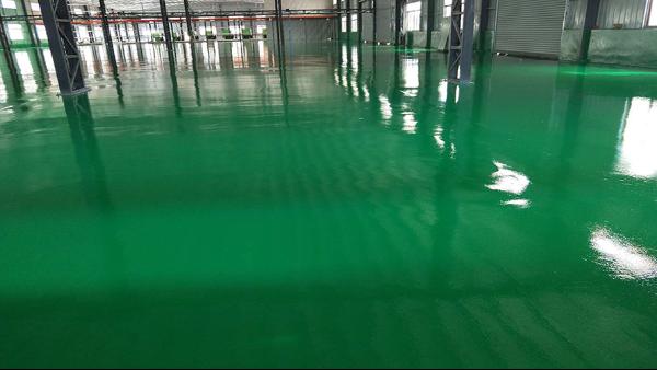 中山市迈庆隆塑胶科技有限公司选用地卫士环氧地坪漆工程