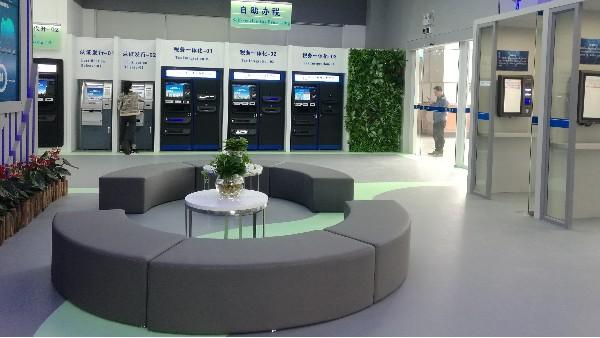 禅城政府行政服务中心智税展厅选用地卫士商业艺术地坪工程