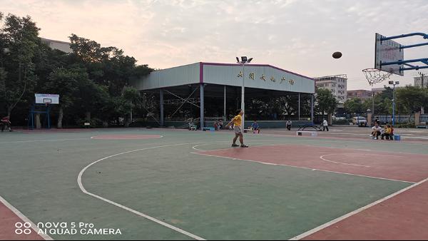 顺德区龙江镇世埠管理区选用地卫士篮球场地坪工程