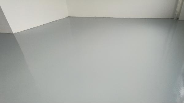 云浮陶晶电子元器件有限公司选用地卫士环氧地坪漆工程