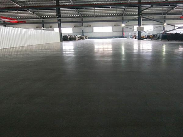想要经久耐用的地坪就选混凝土密封固化剂地坪