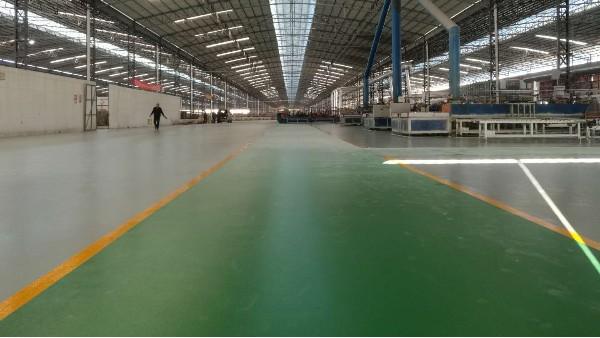 新兴溶洲建筑陶瓷二厂选用地卫士环氧地坪漆工程