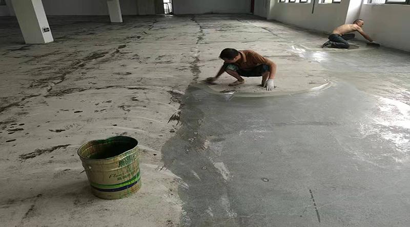 环氧地坪漆施工底漆