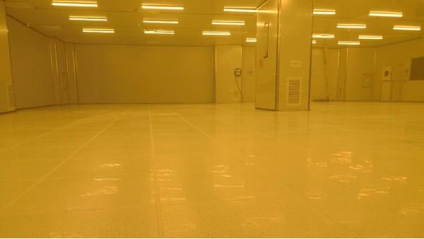珠海凯诺微电子有限公司PCB车间选用地卫士防静电PVC地板