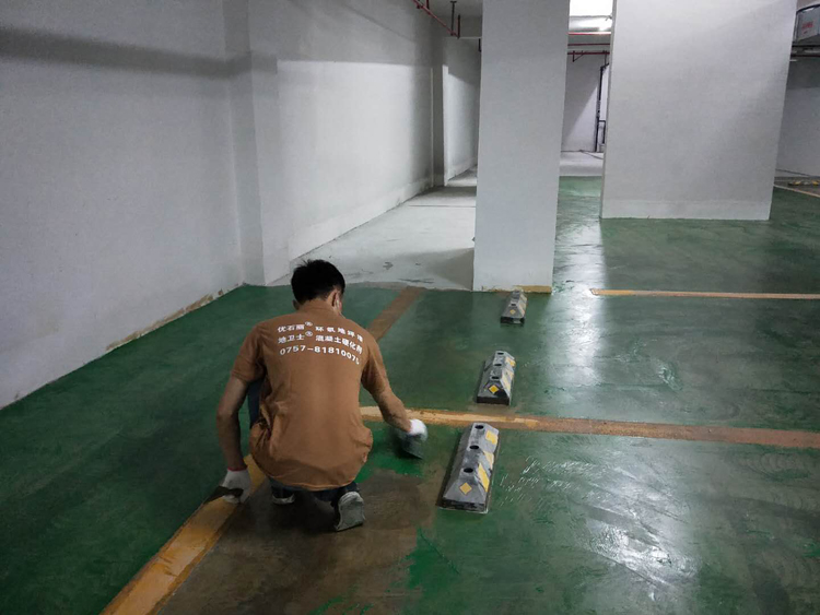广东停车场地坪漆厂家,停车场地坪漆施工