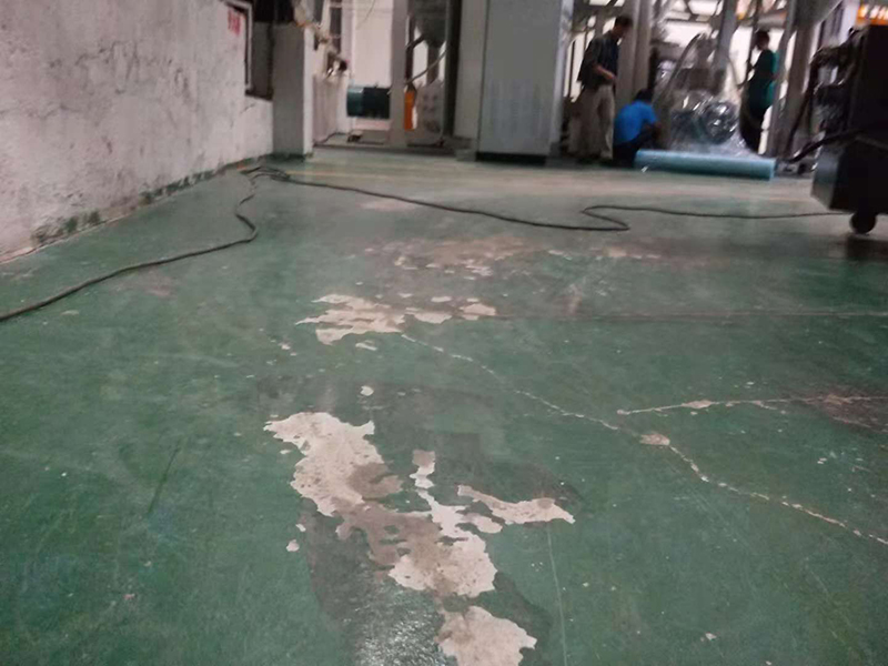 破损地面,厂房地面破损的损害,地卫士地坪,厂房地面维修