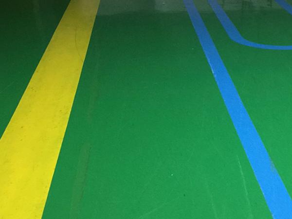 专业环氧地坪厂家一直在提高地坪漆工程的质量